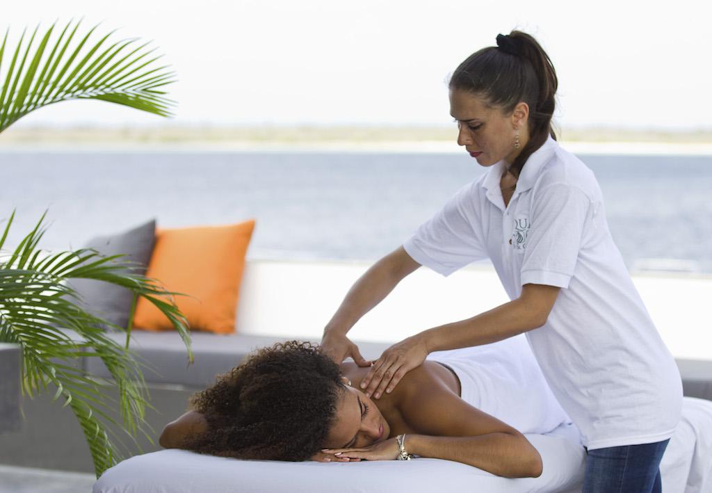 Massage eden terrace
